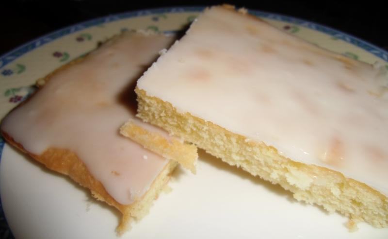 Bio Zitronenkuchen - leckerer Blechkuchen