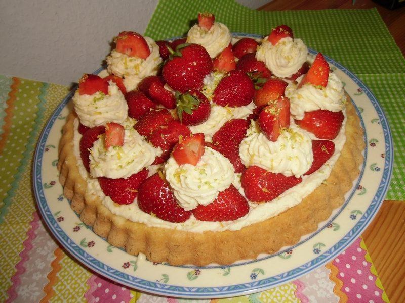 Erdbeer-Frischkäsetorte-03