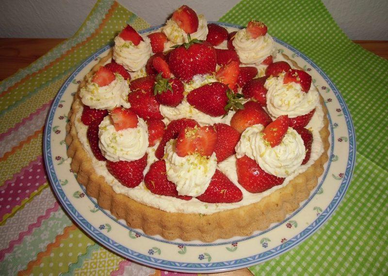 Erdbeer-Frischkäsetorte-09