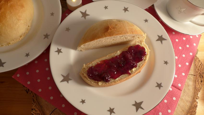 Süßes Hefebrot - Frühstück an Weihnachten
