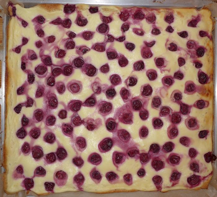 Kirschkuchen vom Blech mit Erdmandeln 15